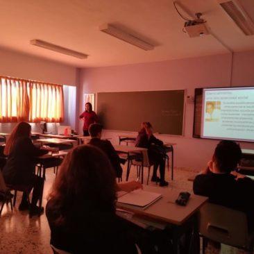 Alumnos de 2º de bachiller del Colegio Internacional Peñacorada aprenden sobre autismo