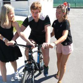 En bici gracias a Club Squash León