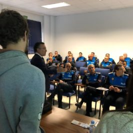 Autismo León forma a agentes de la Policía Local de León