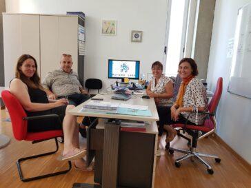 Visita de Federación Autismo a la asociación Autismo León